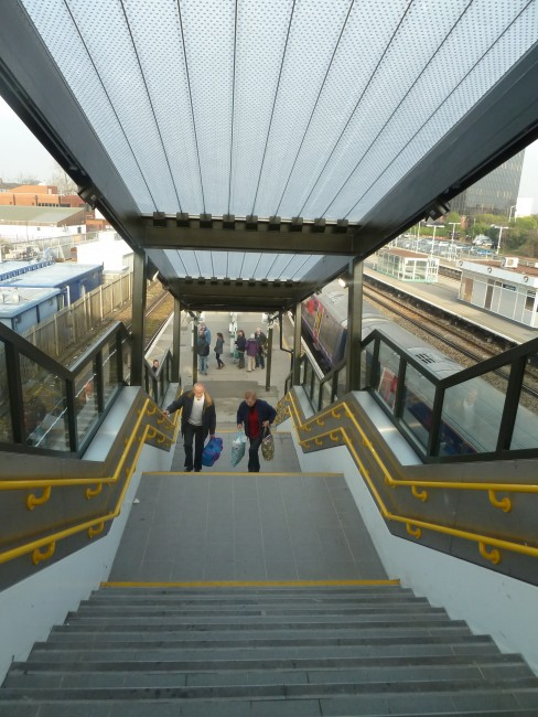 Spotlight: East Croydon Station Footbridge